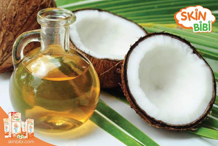 Dầu dừa chống viêm, dưỡng ẩm trị vết hăm